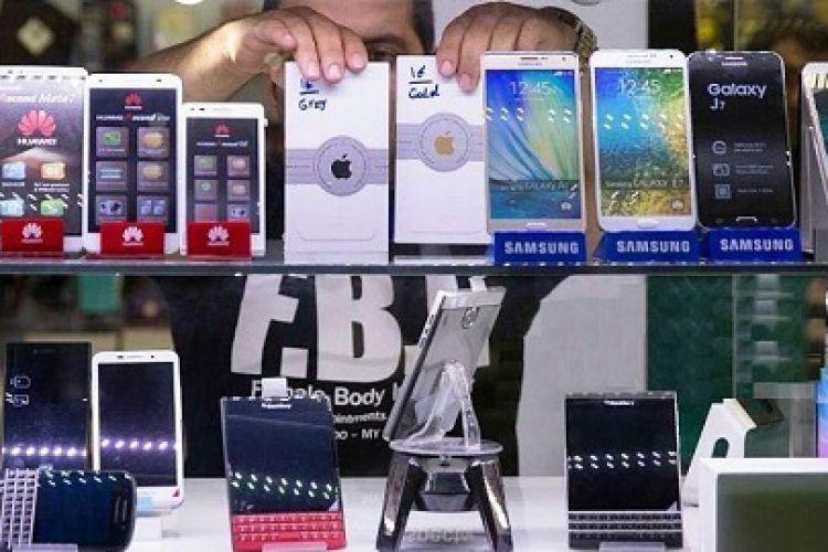 بازگشت گوشیهای قاچاق به بازار