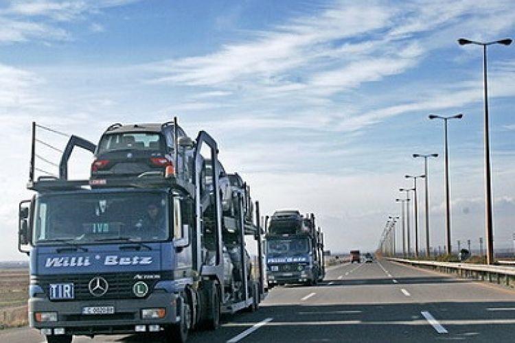 80 درصد خودروها از امارات وارد شده است