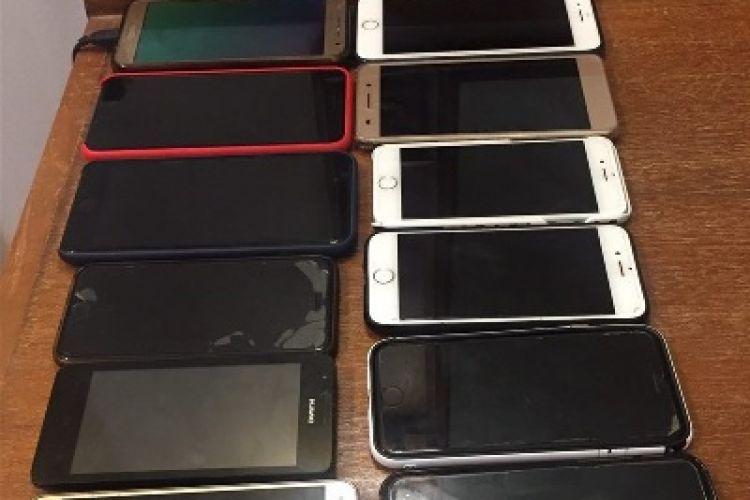 حقوق وعوارض گمرکی واردات موبایل همراه مسافر16درصد شد