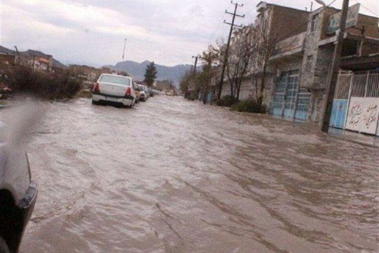 خسارت سیل به 9000 کیلومتر راه 6 استان