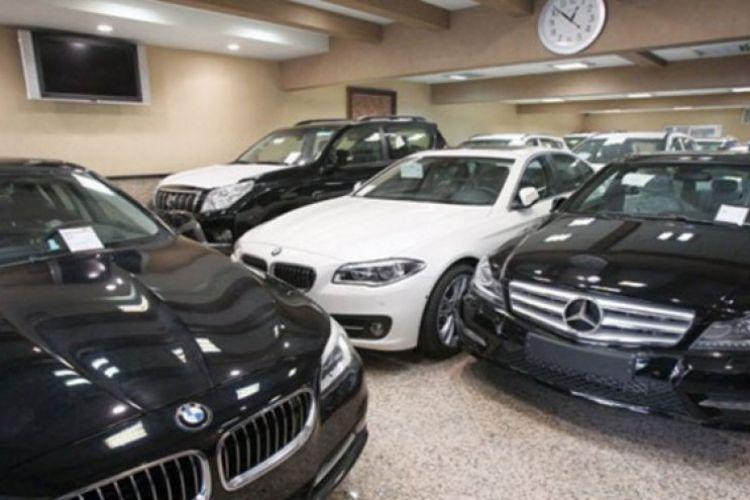 خودرو خارجی بخرید،اگر تعرفه واردات کاهش یافت،اضافه پول دریافتی را پس می دهیم