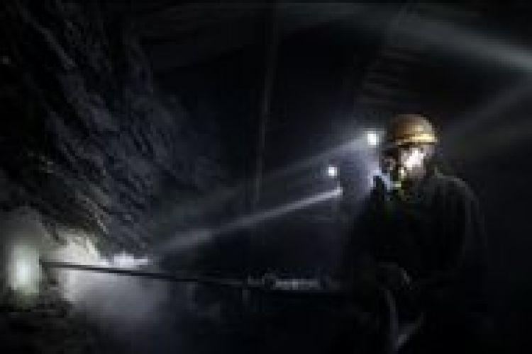 آمادهسازی معدن زغالسنگ طبس برای تامین سوخت نیروگاه طبس آغاز میشود