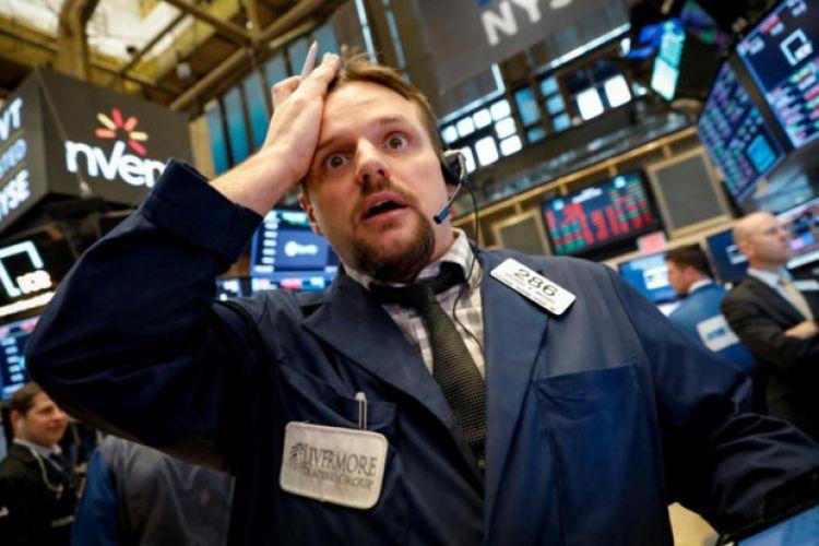 سقوط 400 واحدی داوجونز با سقوط سنگین سهام تکنولوژی