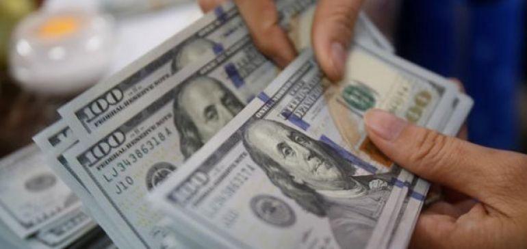 دلار به کانال 10 هزار تومان بازگشت
