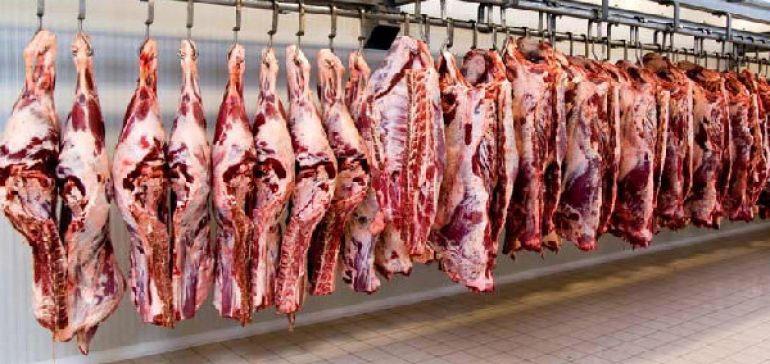 70 کانتینر گوشت مانده در گمرک متعلق به کیست؟
