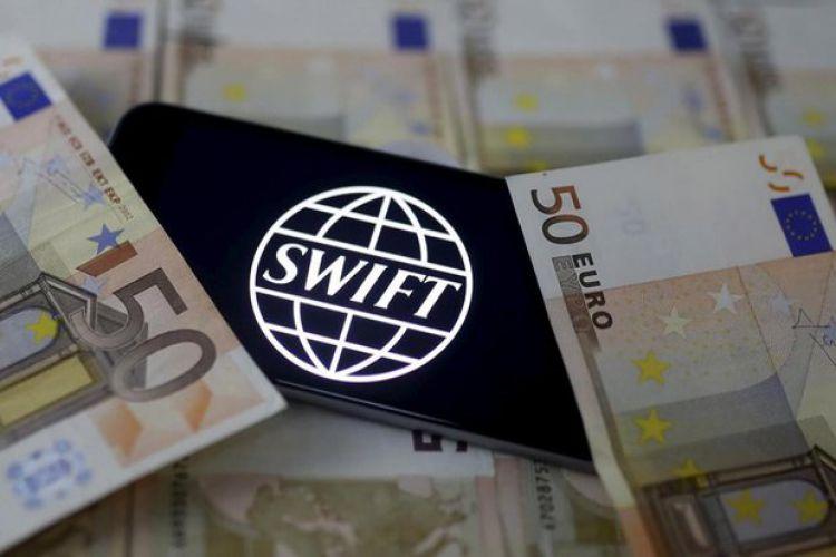 لزوم استفاده بانک مرکزی از ظرفیت سامانههای موازی سوئیفت