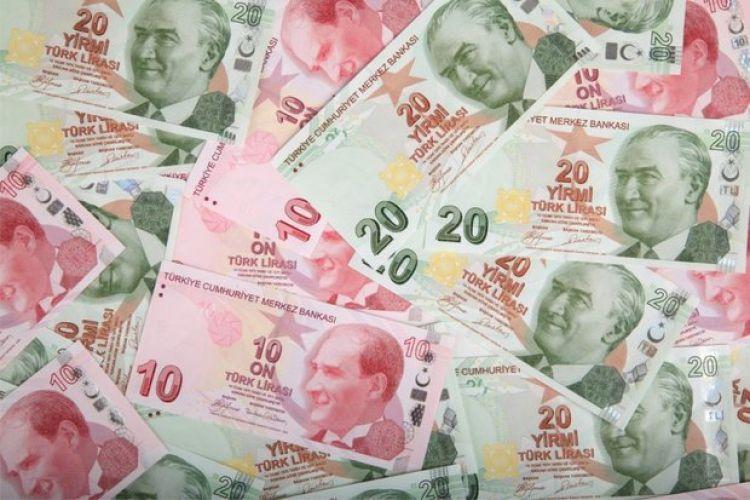 کاهش ارزش لیر ترکیه پس از دریافت سامانه اس- 400