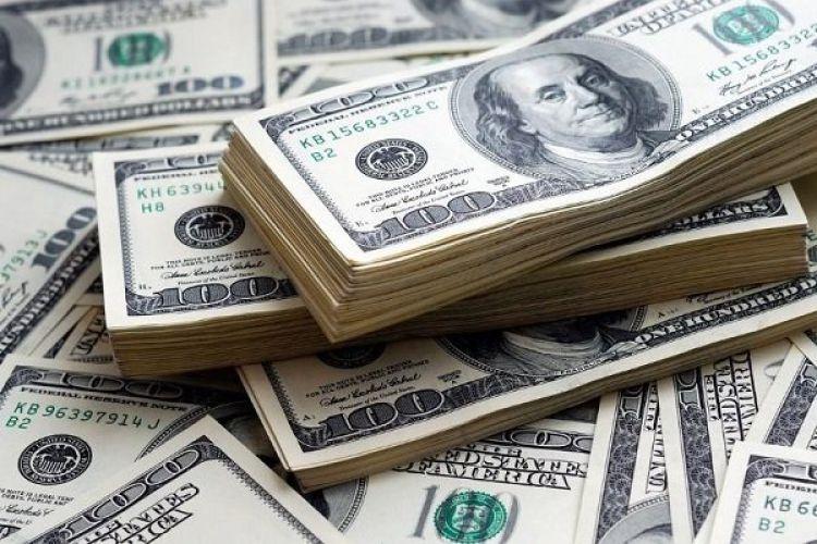 دلار به سطح مقاومتی نزدیک شد / فاصله گرفتن سکه از مرز 4 میلیون