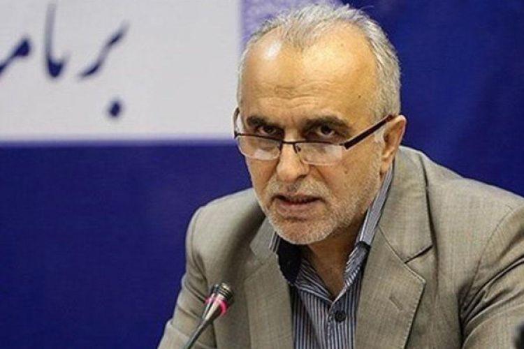 پاسخ وزیر اقتصاد به گلایه های صادرکنندگان