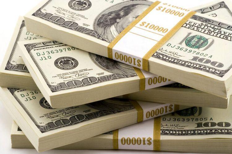 پیشبینی یک نماینده مجلس: نرخ دلار کاهش مییابد