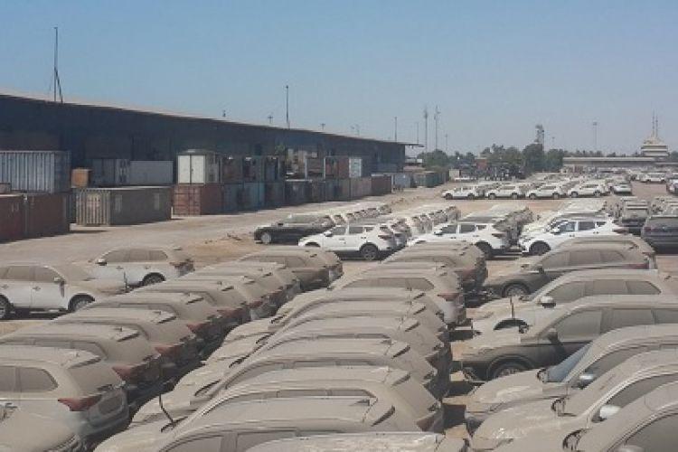 خاکِ سرد روی 7 هزار خودروی معطل در گمرک