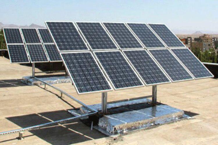 وزارت نیرو از تولیدکنندگان پنلهای خورشیدی حمایت میکند