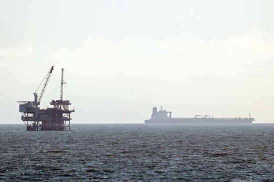 هند واردات نفت خام از عربستان سعودی را کاهش میدهد