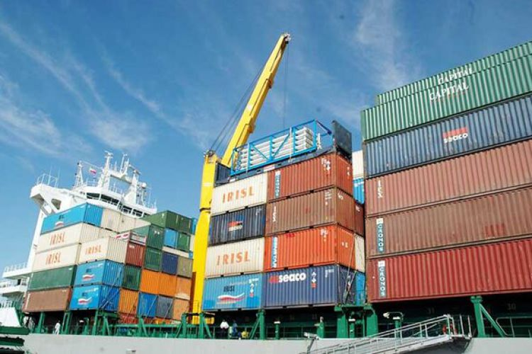 کمبودی در کالاهای اساسی وجود ندارد/ واردات 8.8 میلیون تنی کالا