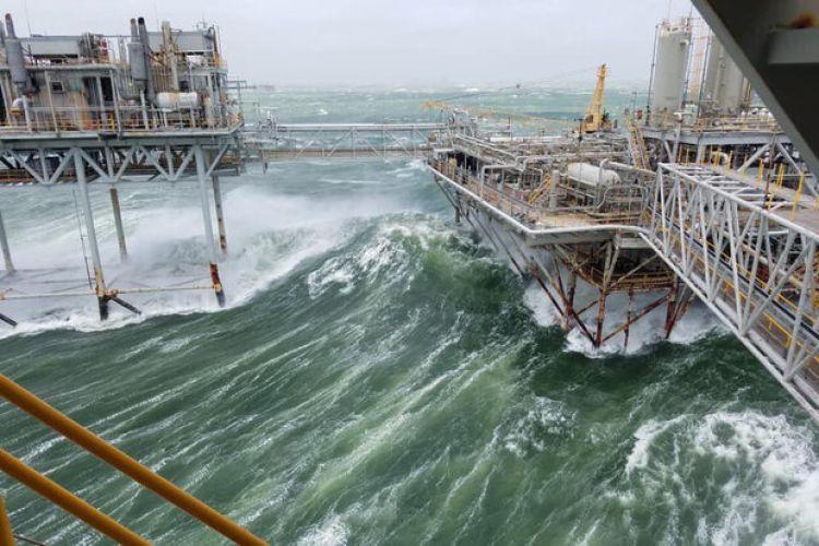 قیمت نفت برنت به بالای40دلار بازگشت/«سالی»تولید آمریکا را مختل کرد