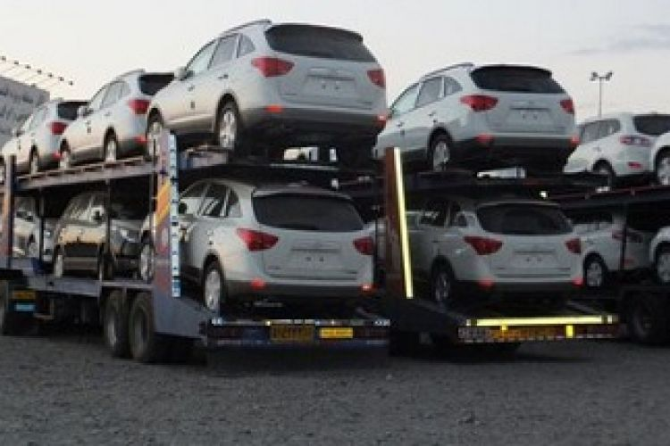 فشار واردکنندگان خودرو به وزارت صنعت