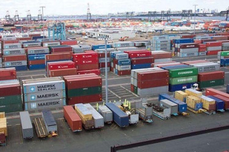 واردات در مناطق آزاد ساماندهی میشود