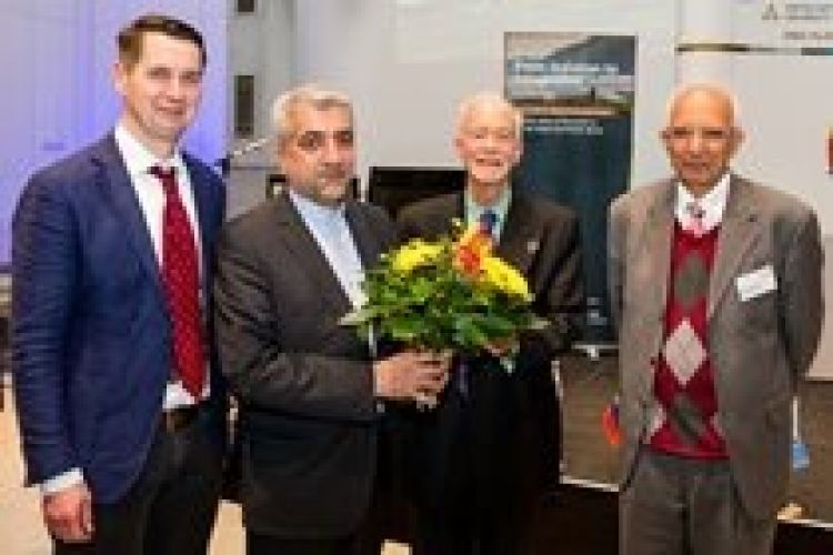 مذاکره برای تاسیس انستیتوی بینالمللی انرژیهای تجدیدپذیر در ایران