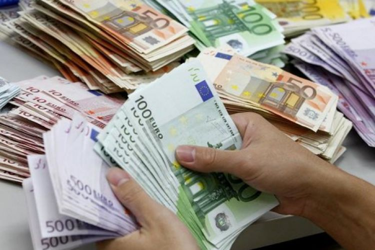 قیمت دلار ریخت/ یورو 16.250 تومان شد