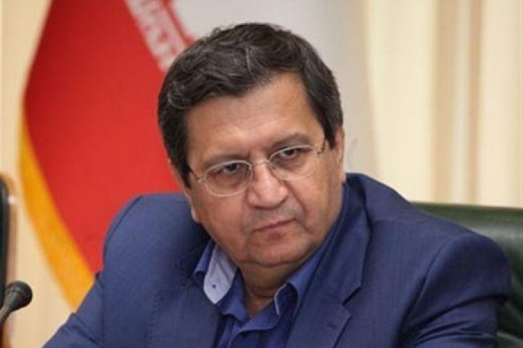 همتی: قیمت ارز منطقی میشود/ رفت و آمد سیاسی تاثیری بر ارز ندارد