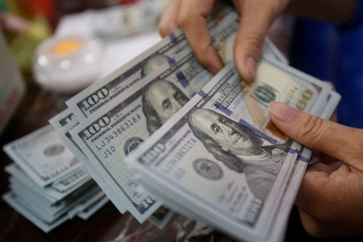 تداوم ریزش دلار/ یورو 14.650 تومان شد