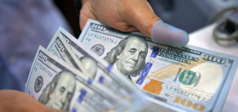 دلار بر سر دوراهی صعود یا سقوط