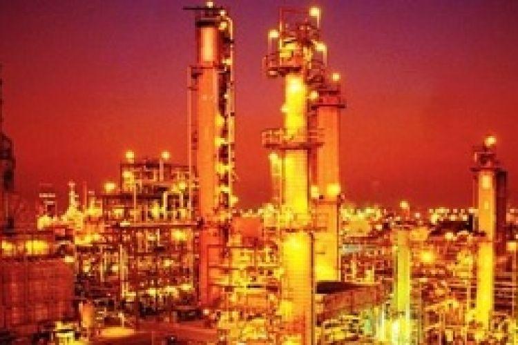 فروش پالایشگاه نفت کرمانشاه به یک دهم قیمت واقعی