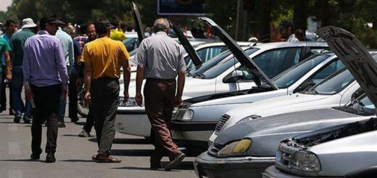 قیمتهای عجیب در بازار خودرو/ خرید و فروش قفل شد