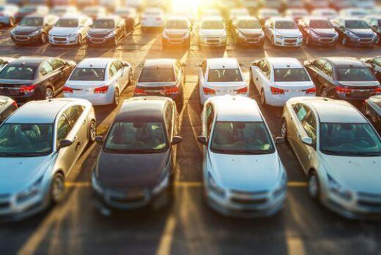 ریزش 4 تا 40 میلیونی قیمت انواع خودروهای پرتیراژ / رکوردداران افت قیمت خودرو کدامند؟