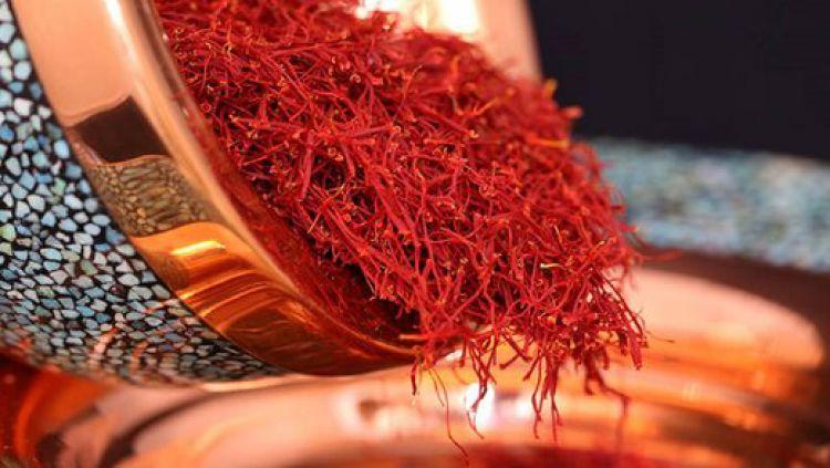 برای خرید زعفران چقدر هزینه کنیم؟