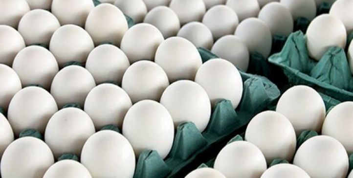 قیمت تخم مرغ از 30000تومان به 55000تومان رسید،وزارت صمت برای بستن دهان مردم آن را به45هزار تومان کاهش داد!