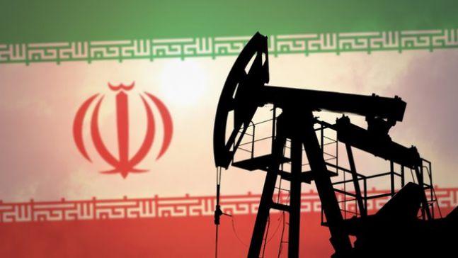 بهبود پرشتاب صادرات نفت ایران در ماههای آینده