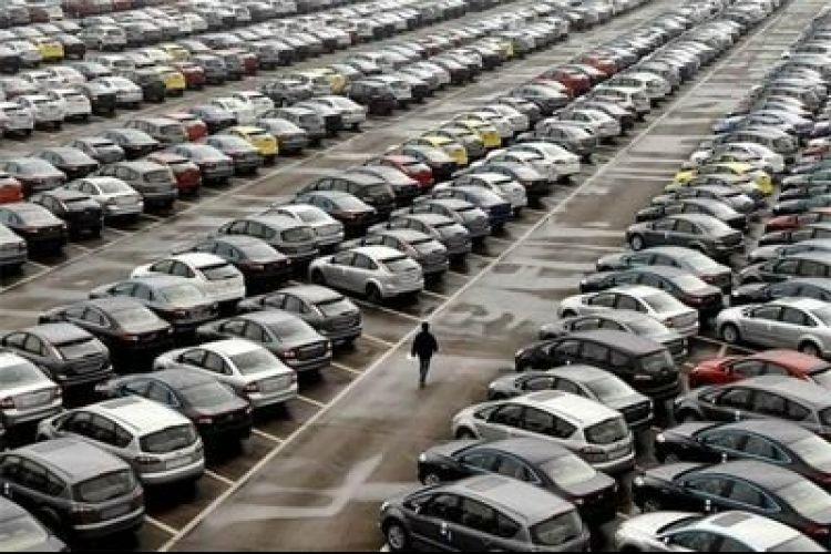 ترخیص 350 خودرو دپو شده از گمرک