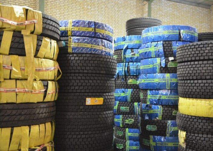 مشکل رانندگان در تامین لاستیک/ وزارت صمت پاسخگو باشد
