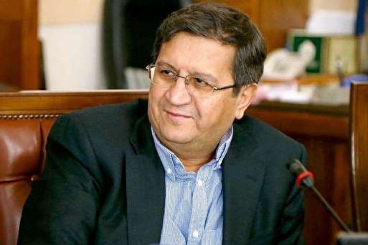 همتی: ایران از شکلگیری اَبرَ تورم نجات یافت
