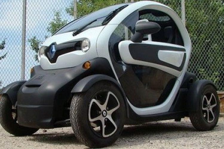 پیشنهاد وزیرصنعت برای کاهش20درصدی تعرفه خودروهای هیبریدی