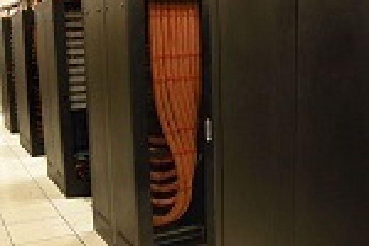 انجام موفقیت آمیز عملیات انتقال خدمات بانک سینا به مرکز داده مواقع بحران