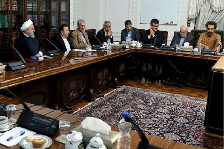 4 وزیر روحانی 41 مشاور دارند!