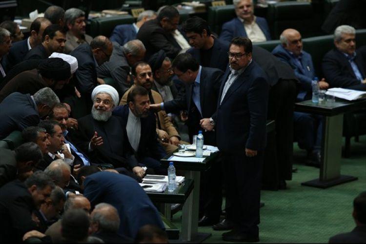چهار وزیر پیشنهادی از مجلس رای اعتماد گرفتند