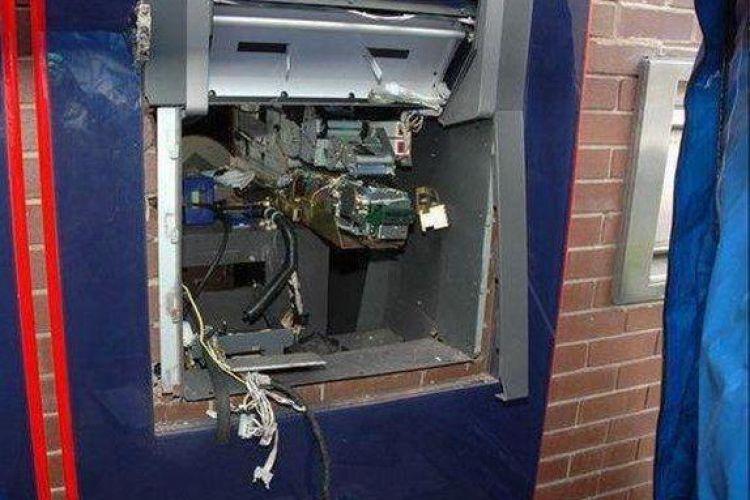 سرقت دومین دستگاه خودپرداز از میدان ونک