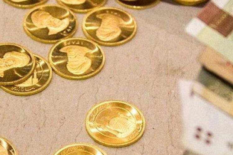 کاهش قیمت سکه تمام و دلار در بازار آزاد