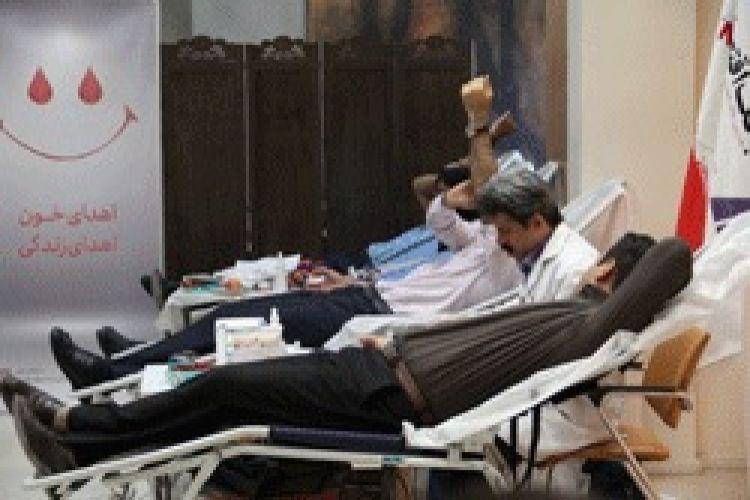 کارکنان بانک اقتصادنوین خون اهدا کردند