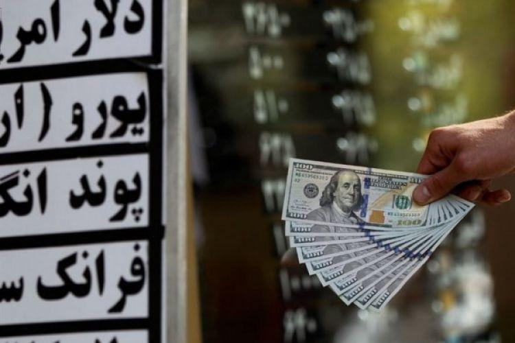 دلار در مرز 15 هزار تومان/حال و هوای خیابان فردوسی