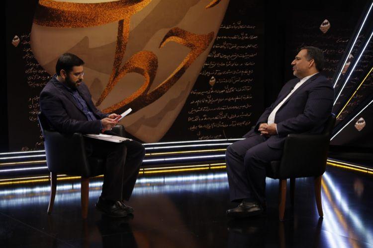 روایت متفاوت وزیر اقتصاد احمدی نژاد از ماجرای خاوری و امیرمنصور آریا/احمدی نژاد را قدیس نمی دانم/مخالف کاندیداتوری بقایی بودم