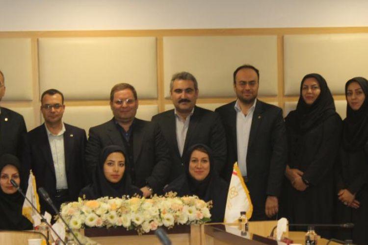 دکترحسین مهری : بانک صنعت و معدن از ابتدای دولت تدبیر و امید تاکنون 15 میلیارد یورو در بخش های زیرساختی، صنعتی و معدنی کشور تأمین اعتبار کرده است