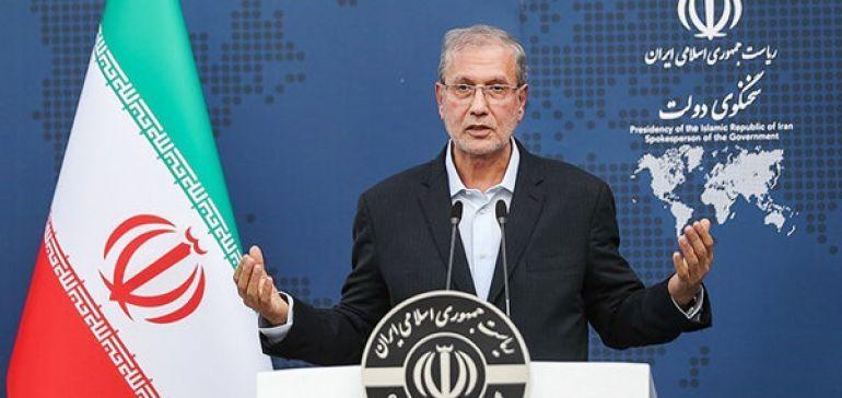 ربیعی: مدیرعامل ایران خودرو تغییر میکند