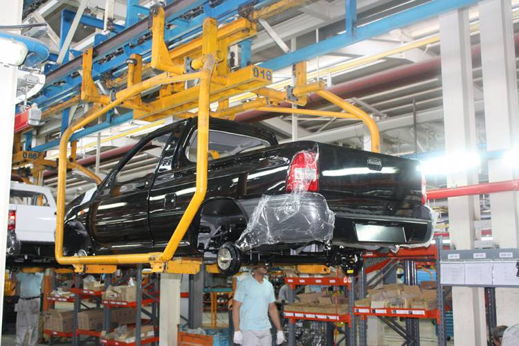 سایپا برترین تولیدکننده خودرو در کشور