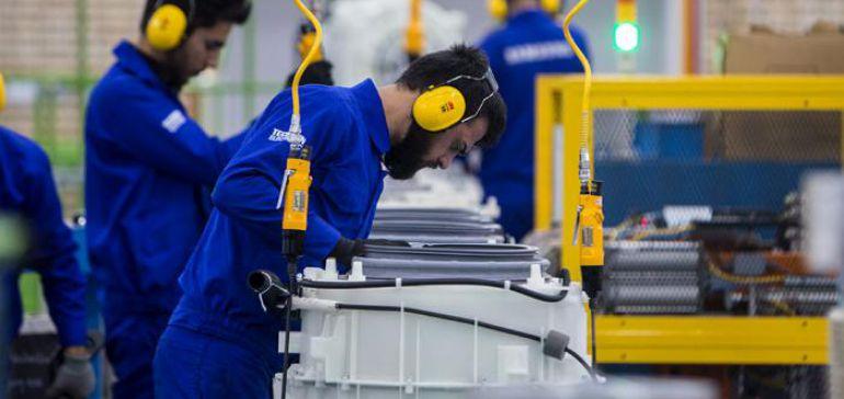 دستمزد کارگران امسال چقدر افزایش مییابد؟