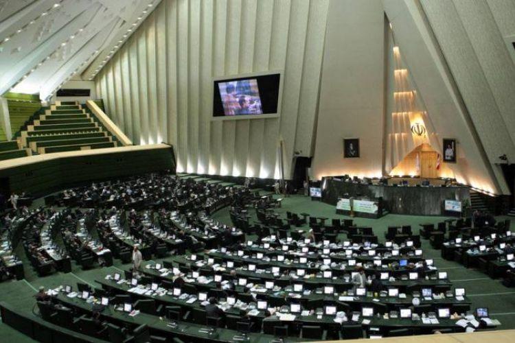 تصمیم مجلس بر افزایش حقوق کارمندان