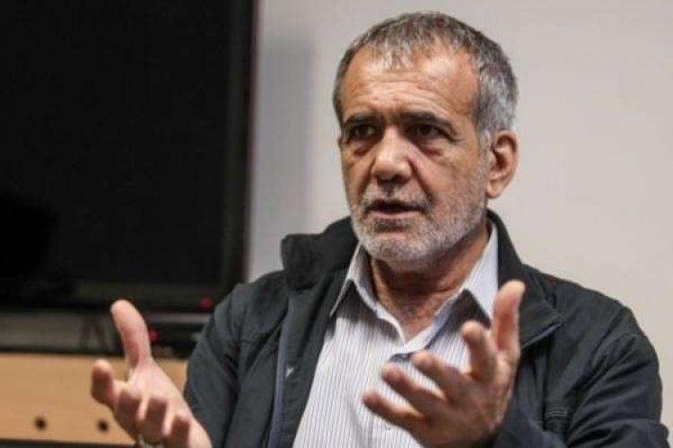 پزشکیان: در دوره احمدینژاد 750 میلیارد دلار نفت فروخته شد، آن پولها کجاست؟